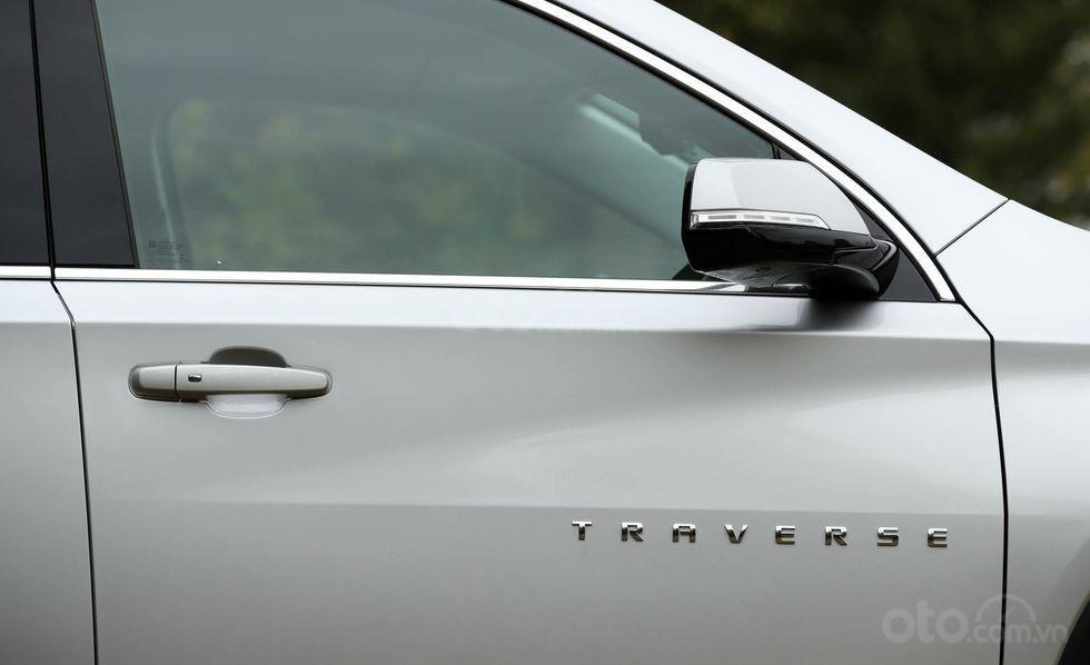 Gương chiếu hậu xe Chevrolet Traverse 2019