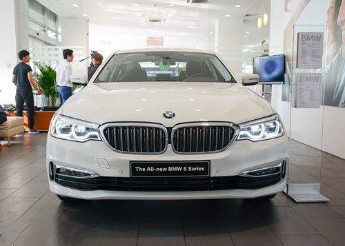 BMW 5-Series 2019 chính thức ra mắt tại Việt Nam, giá từ 2,389 tỷ đồng a5