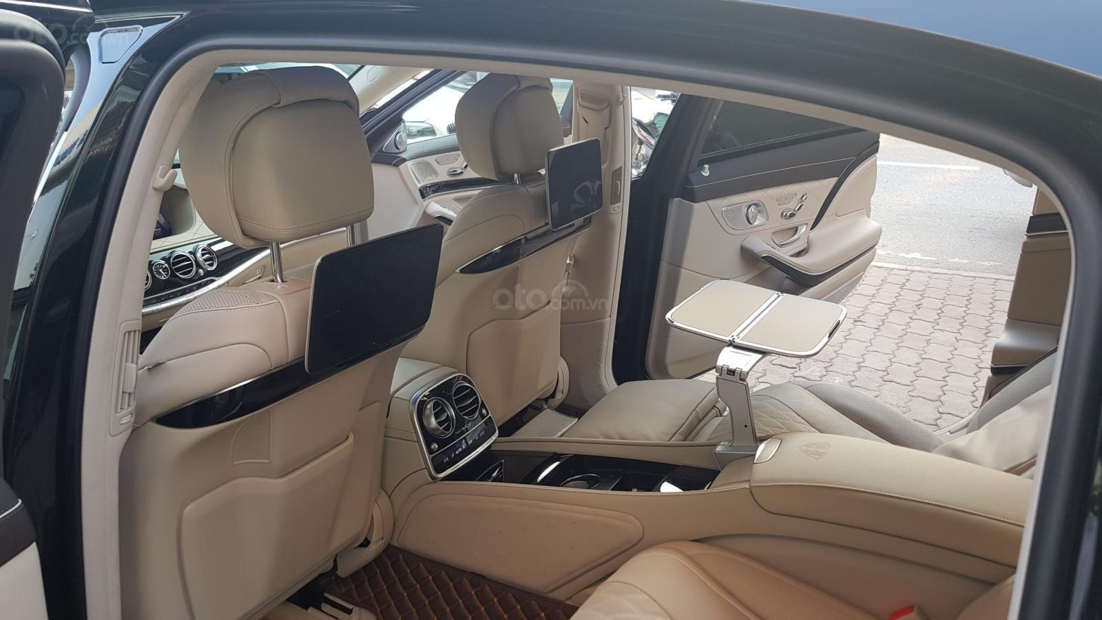 Bán Mercedes-Benz S450 Maybach màu đen, nội thất kem, xe sản xuất 2017, đăng ký lần đầu 4/2018 tên công ty-12