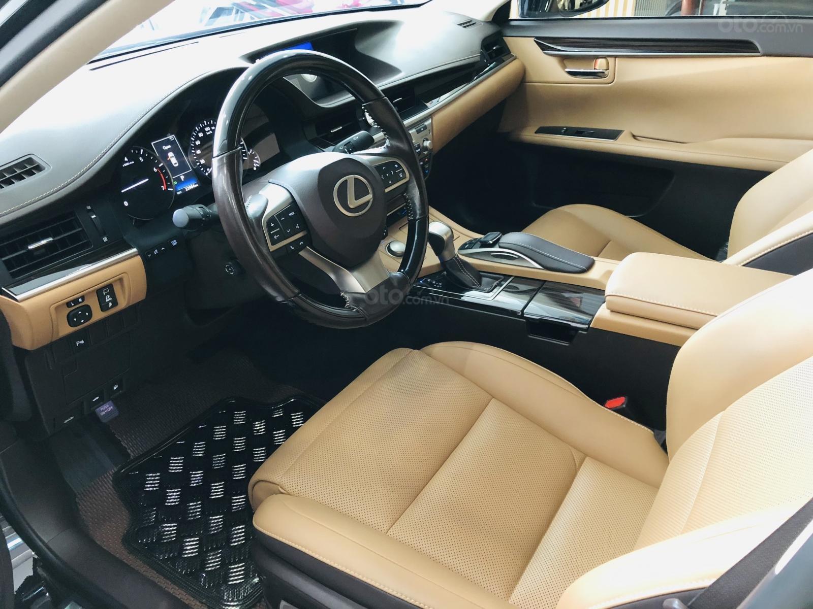 Bán Lexus ES 250 sản xuất 2016, đăng ký 2017, xe đi lướt 24.000km, bao kiểm tra hãng, tiết kiệm so với xe mới 700 triệu-5