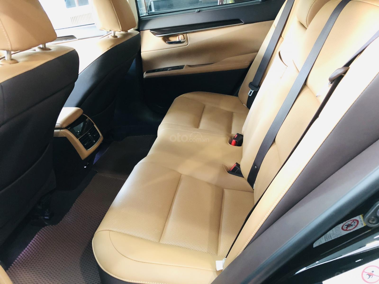 Bán Lexus ES 250 sản xuất 2016, đăng ký 2017, xe đi lướt 24.000km, bao kiểm tra hãng, tiết kiệm so với xe mới 700 triệu-6