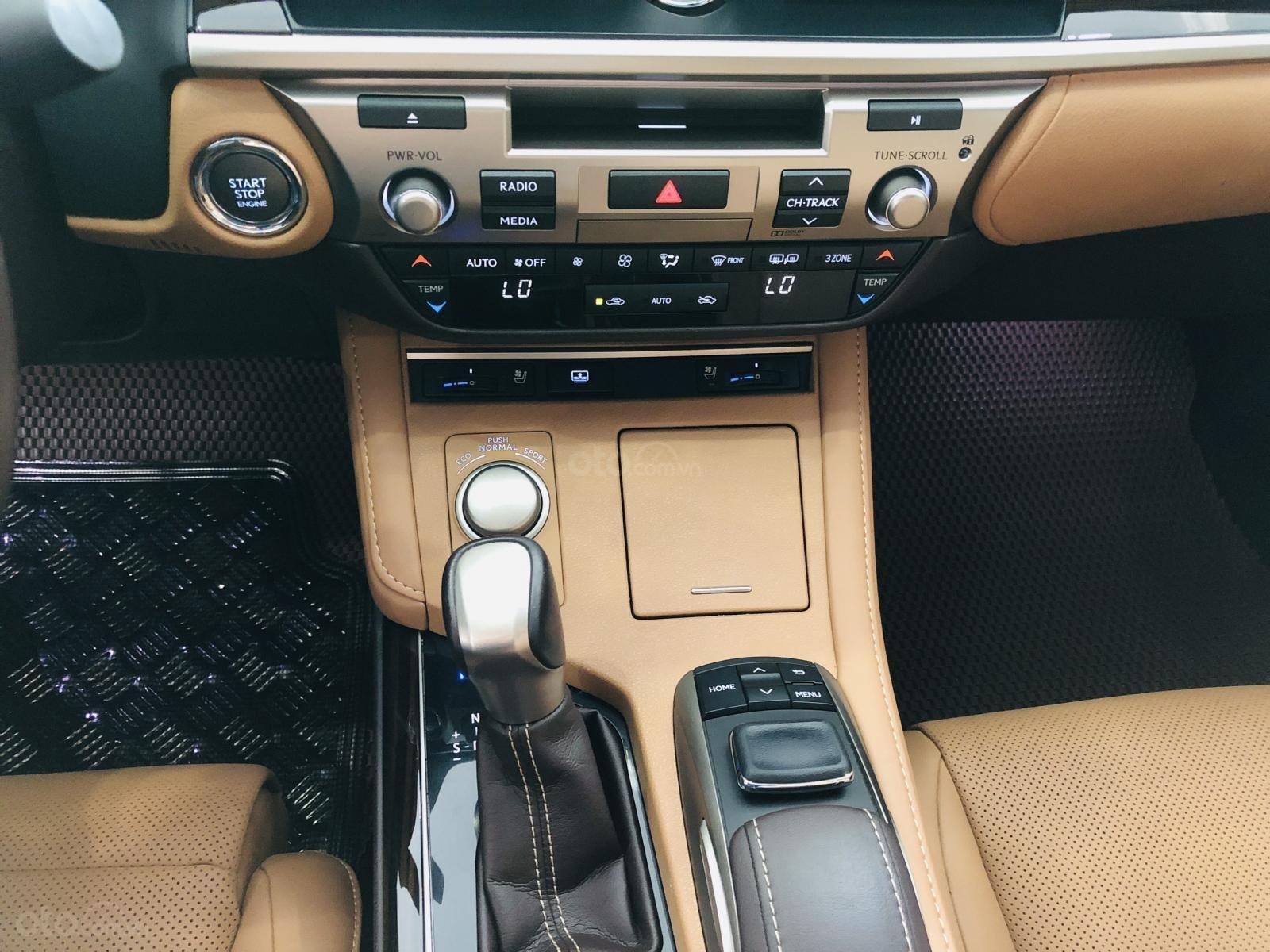 Bán Lexus ES 250 sản xuất 2016, đăng ký 2017, xe đi lướt 24.000km, bao kiểm tra hãng, tiết kiệm so với xe mới 700 triệu-7
