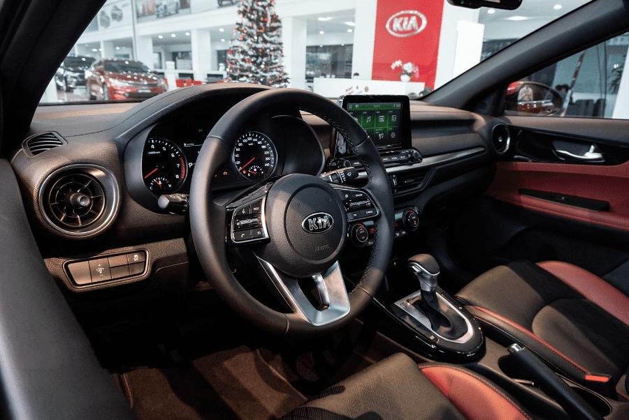 Kia Cerato 2019 bản 1.6 AT và 2.0 AT về trang bị nội thất