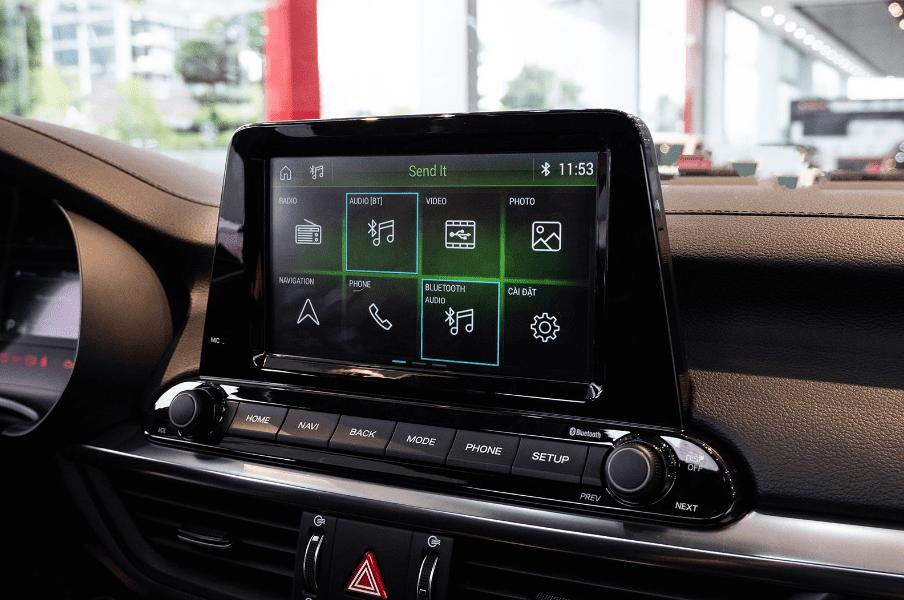Kia Cerato 2019 bản 1.6 AT và 2.0 AT về màn hình trung tâm