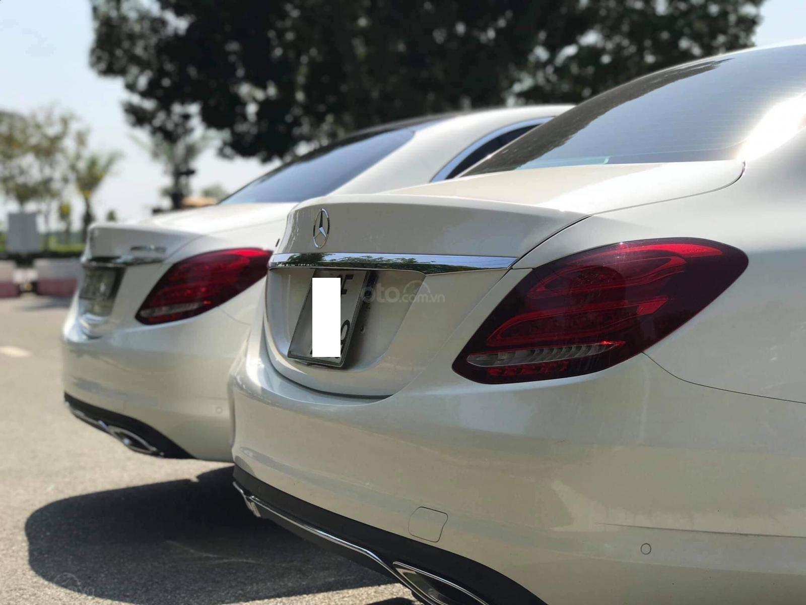 Bán ô tô Mercedes-Benz C200 đời 2017, màu trắng-2