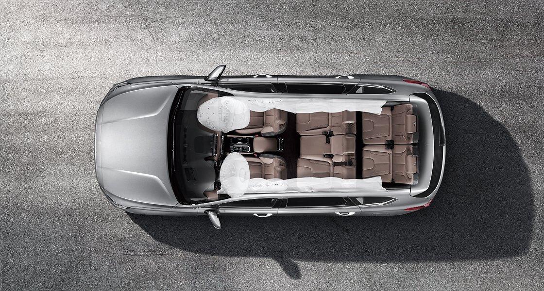 Ảnh chụp 6 túi khí xe Hyundai Santa Fe 2019