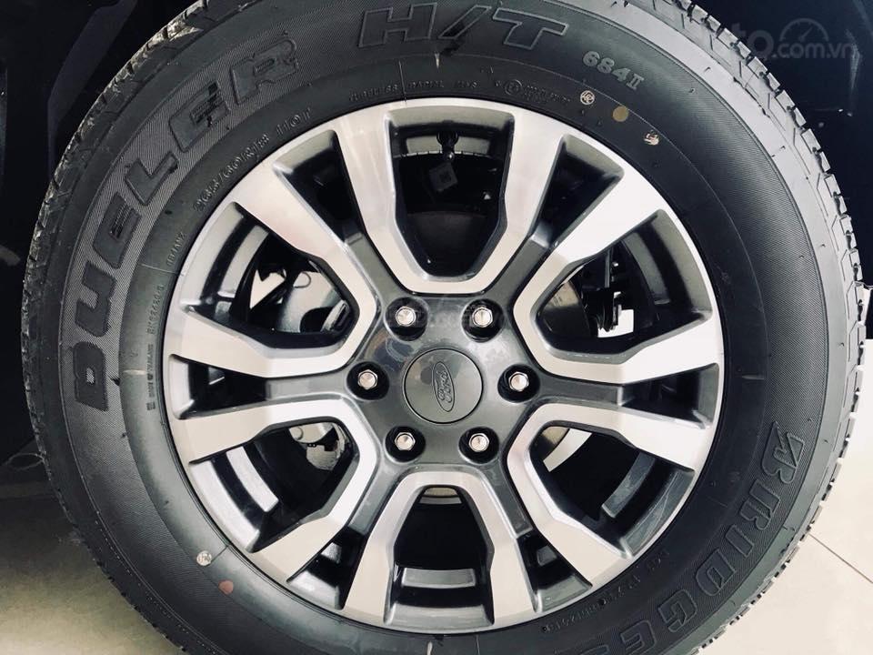 Đánh giá xe Ford Ranger 2019: Mâm xe đa chấu hợp kim a2