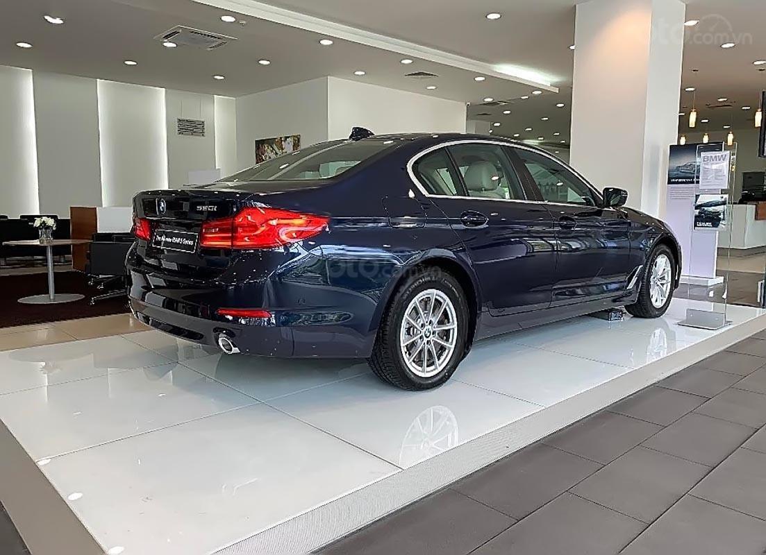 Bán ô tô BMW 5 Series 520i năm 2019, màu xanh lam, nhập khẩu-1