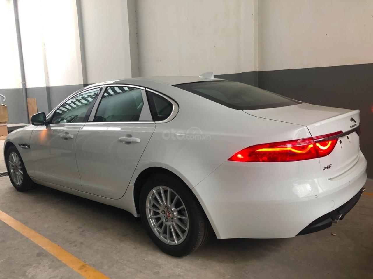 Bán Jaguar XF Prestige 2019 màu trắng, đỏ, giao ngay bảo hành chính hãng-3