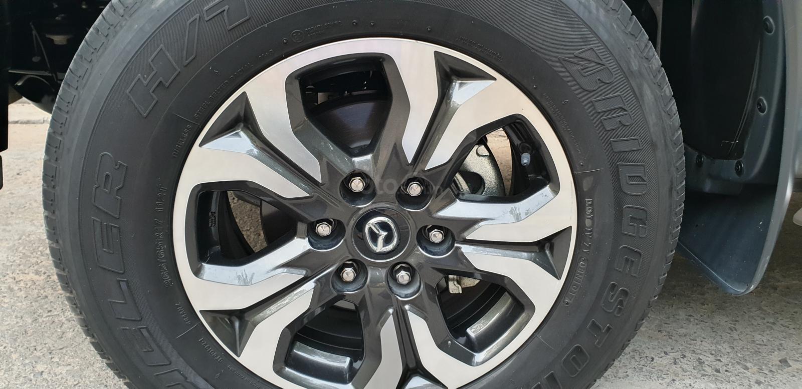 Bán Mazda BT 50 máy dầu, 2.2 số tự động, model 2018 đời T10/2017, màu nâu, nhập khẩu mới 95%-20
