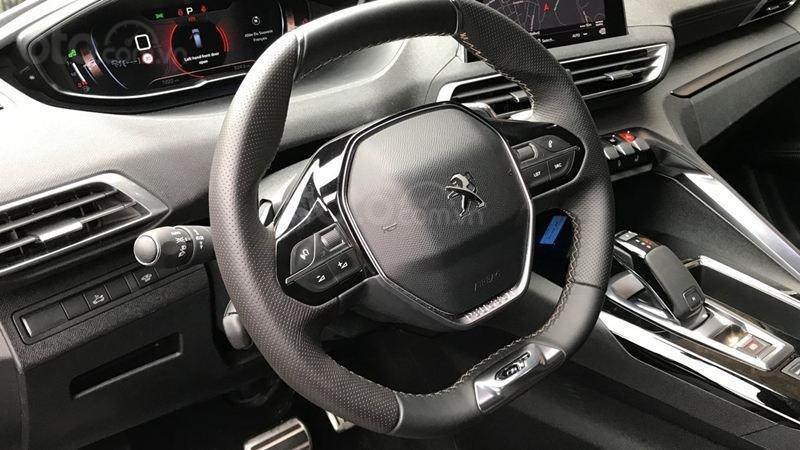 Vô lăng Peugeot 5008 2019...