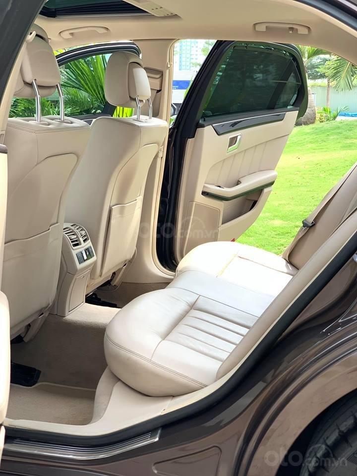 Cần bán xe Mercedes E250 AMG sản xuất năm 2015, xe đẹp bao test hãng-4