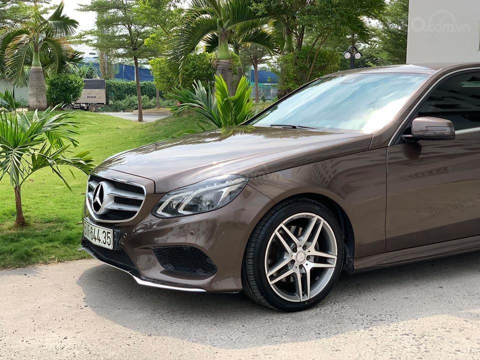 Cần bán xe Mercedes E250 AMG sản xuất năm 2015, xe đẹp bao test hãng-7