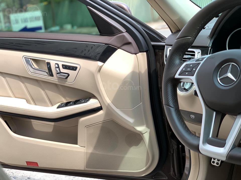 Cần bán xe Mercedes E250 AMG sản xuất năm 2015, xe đẹp bao test hãng-10