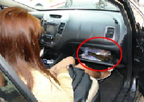 """Đi chơi Tết, để """"công cụ hỗ trợ"""" phòng thân trên xe ô tô có bị phạt?3aaa"""