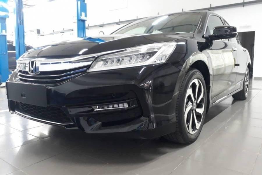 Giá xe Honda Accord chi tiết hàng tháng.