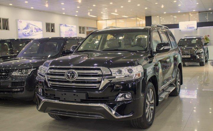 Giá xe Toyota Land Cruiser mới cập nhật hàng tháng - Ảnh 1.