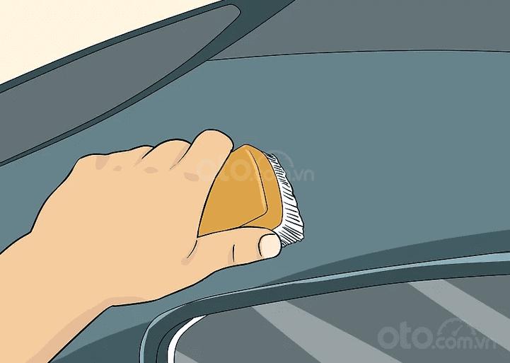 Mách nhỏ cách làm sạch mái xe ô tô mui trần - ảnh 4