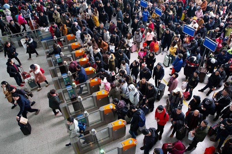 Cảnh di dân lớn nhất năm ở Trung Quốc trước Tết Nguyên đán 2019 10