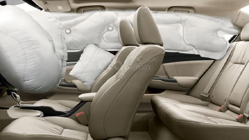 Hệ thống túi khí Honda Civic 2019...