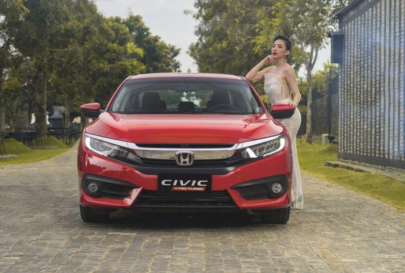 Giá lăn bánh xe Honda Civic 2019 mới nhất tại Việt Nam a1