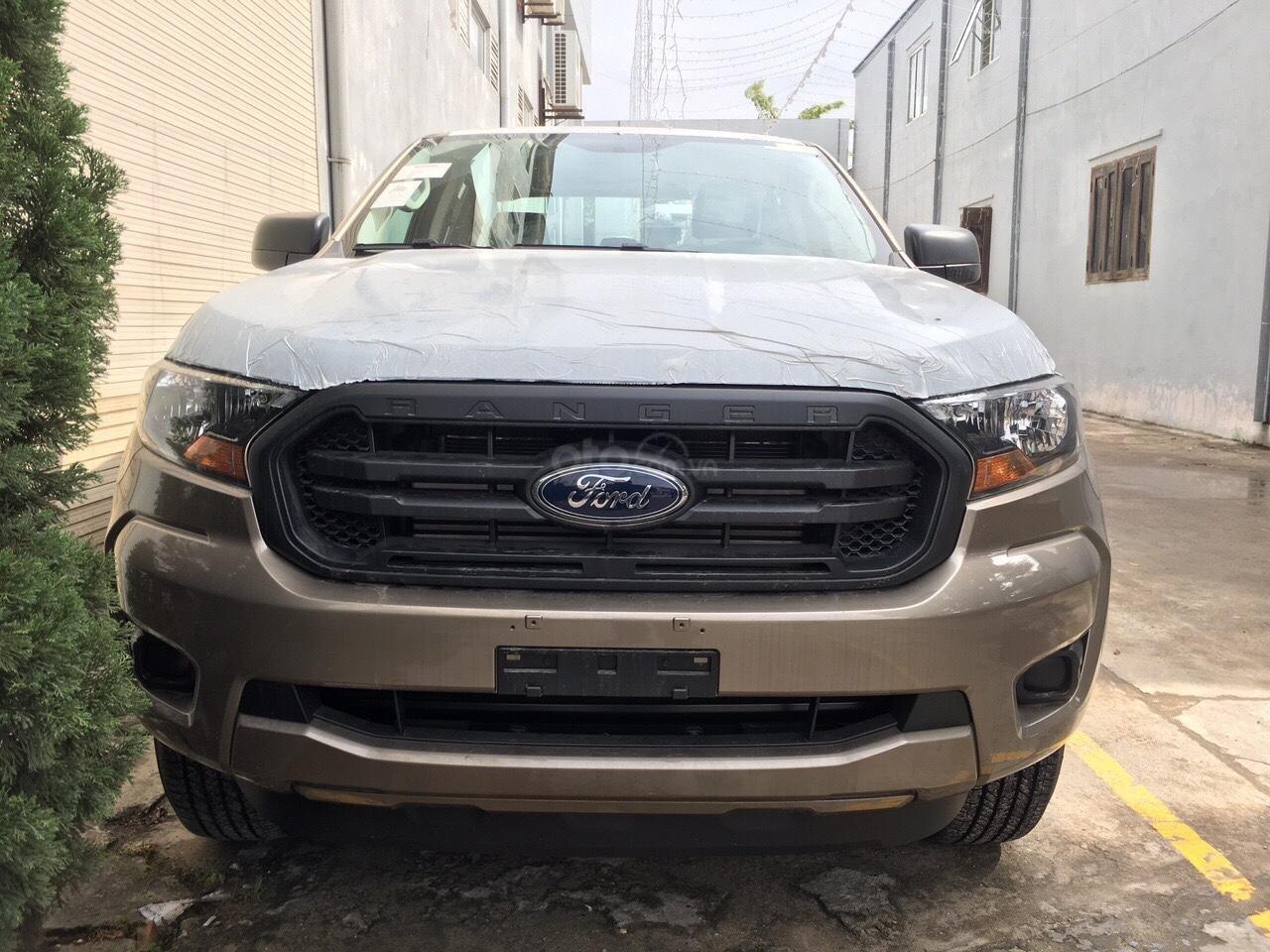 Lai Châu bán Ford Ranger XL 2.2 MT 4x4 sản xuất 2019, xe nhập giá cạnh tranh, hỗ trợ trả góp - LH 0974286009 (4)