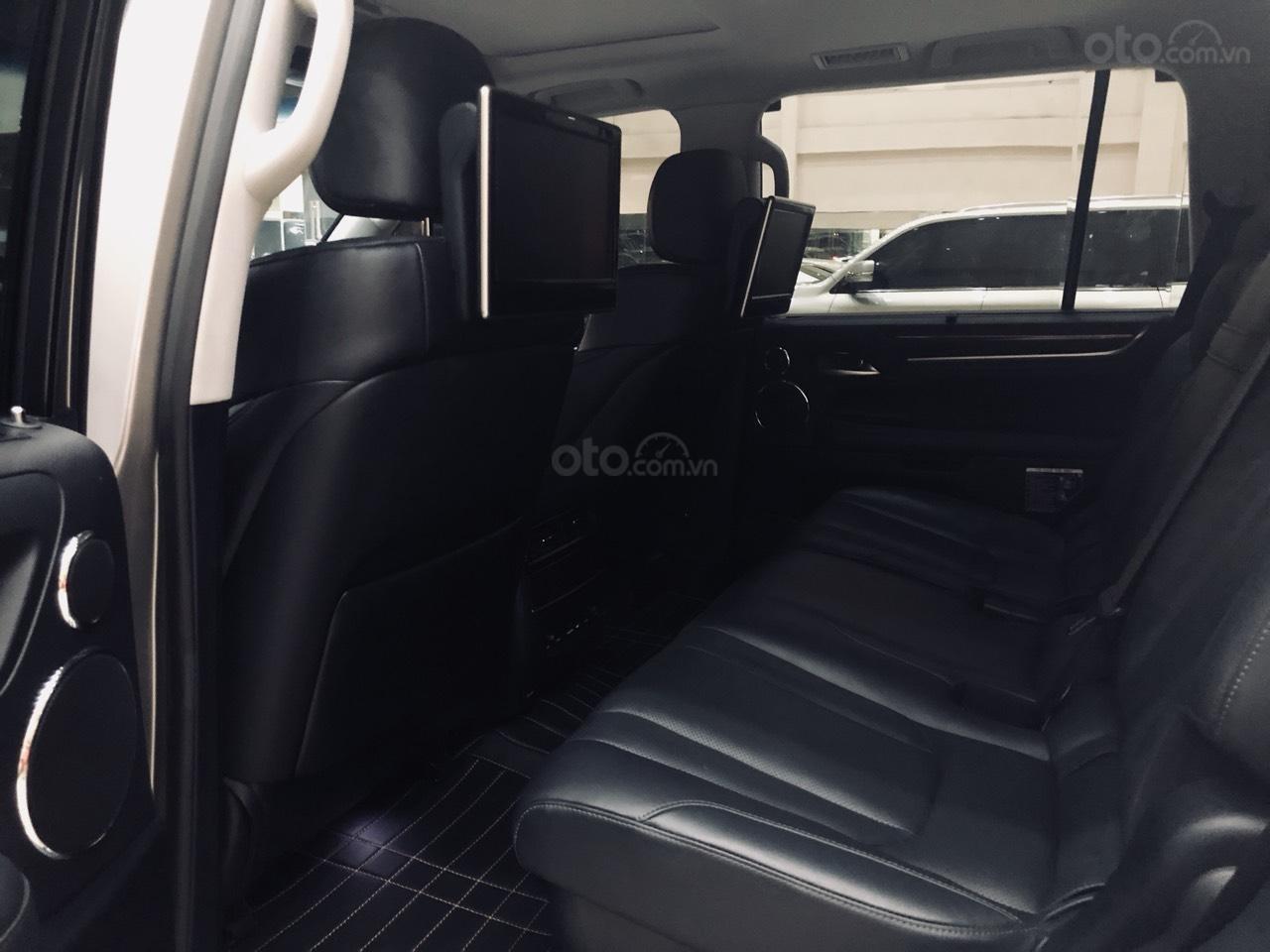 Lexus LX570 sản xuất 2016-6