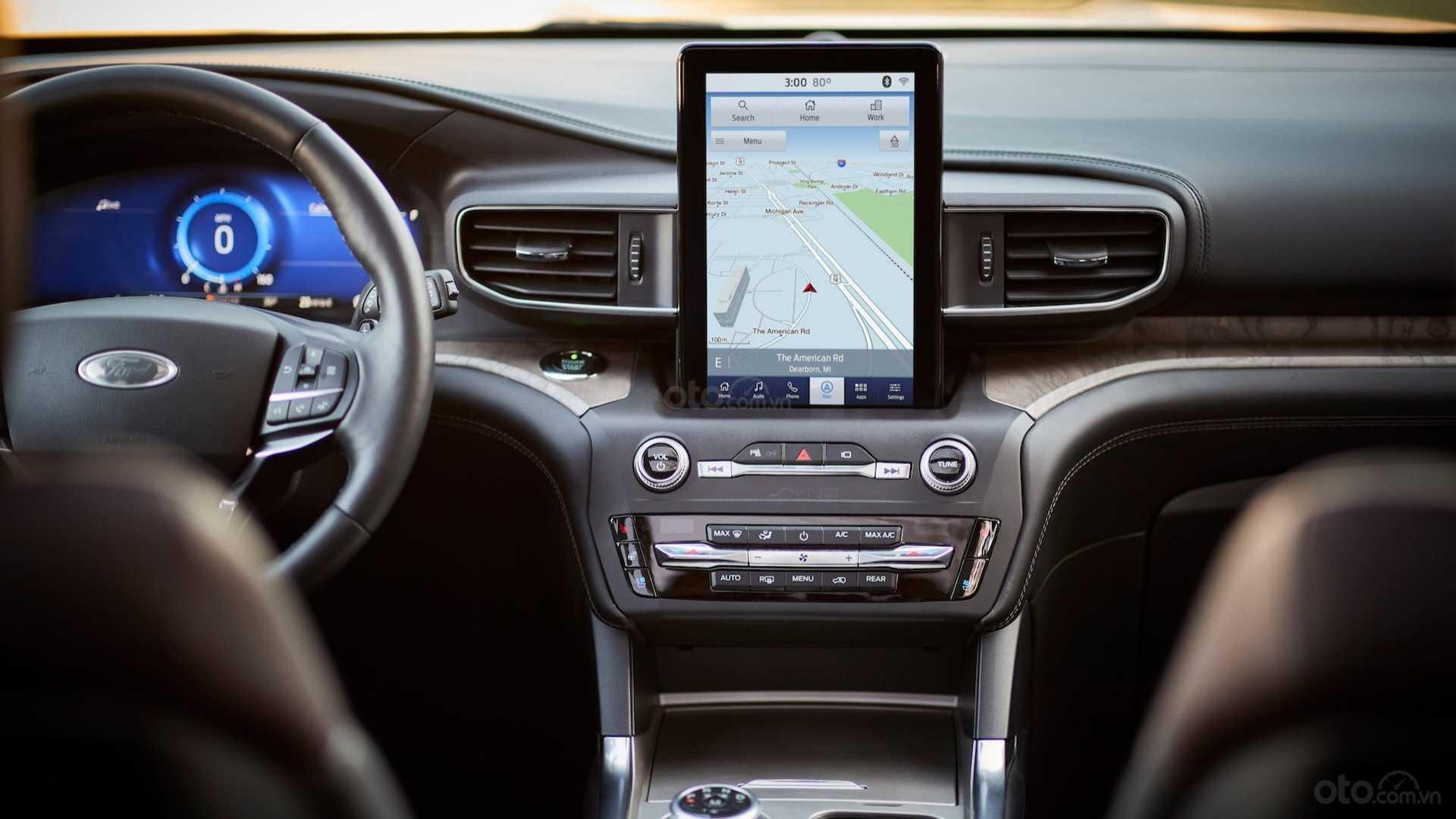 Nội thất trên xe Ford Explorer 2020