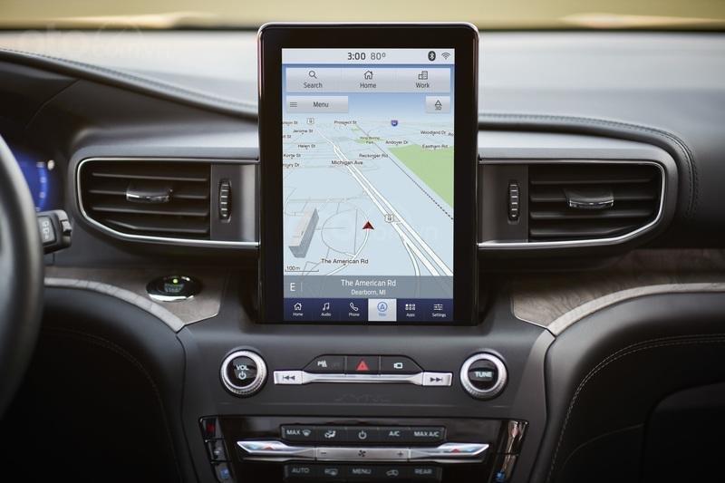 Màn hình thông tin giải trí Ford Explorer 2020