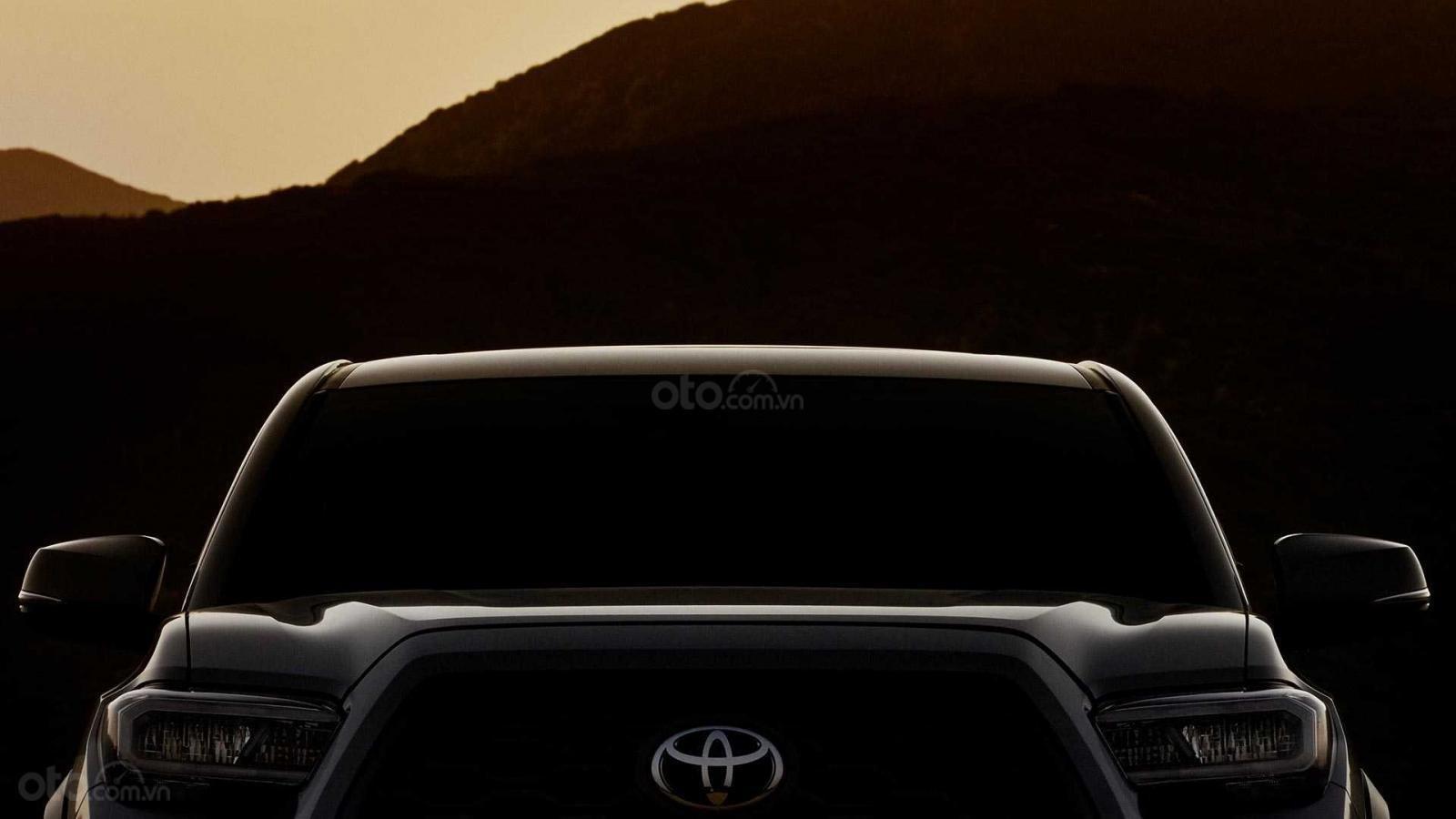 Toyota Tacoma 2020 nhá hàng với diện mạo mới