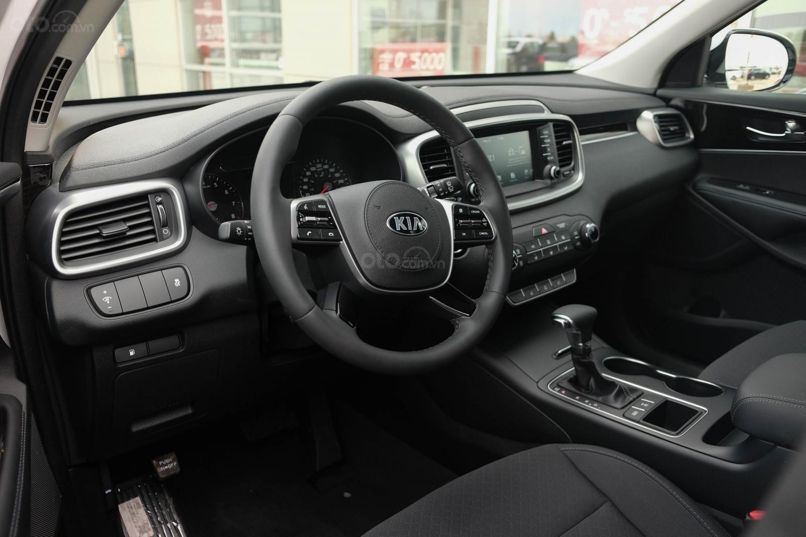 Đánh giá xe Kia Sorento 2019 về bảng táp lô - Trang bị đầy đủ, cao cấp