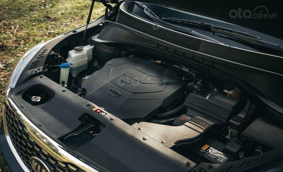 Đánh giá xe Kia Sorento 2019 về động cơ - I4 2,4 lít sức mạnh khiêm tốn