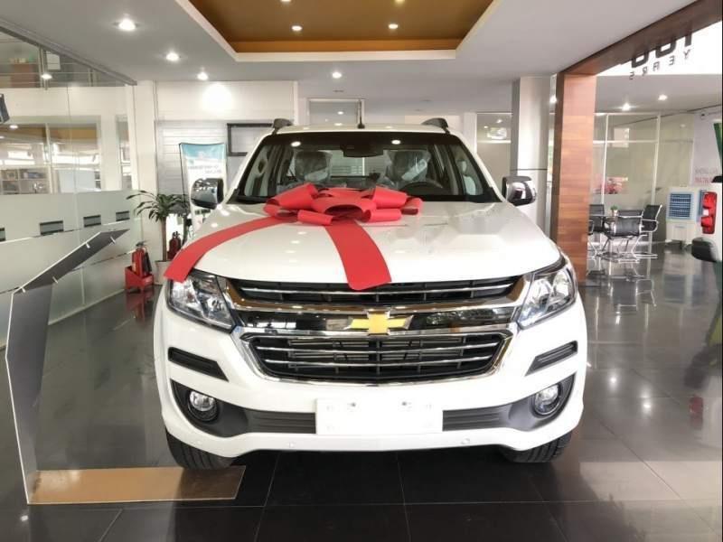 Bán Chevrolet Colorado sản xuất năm 2019, màu trắng, nhập khẩu-0