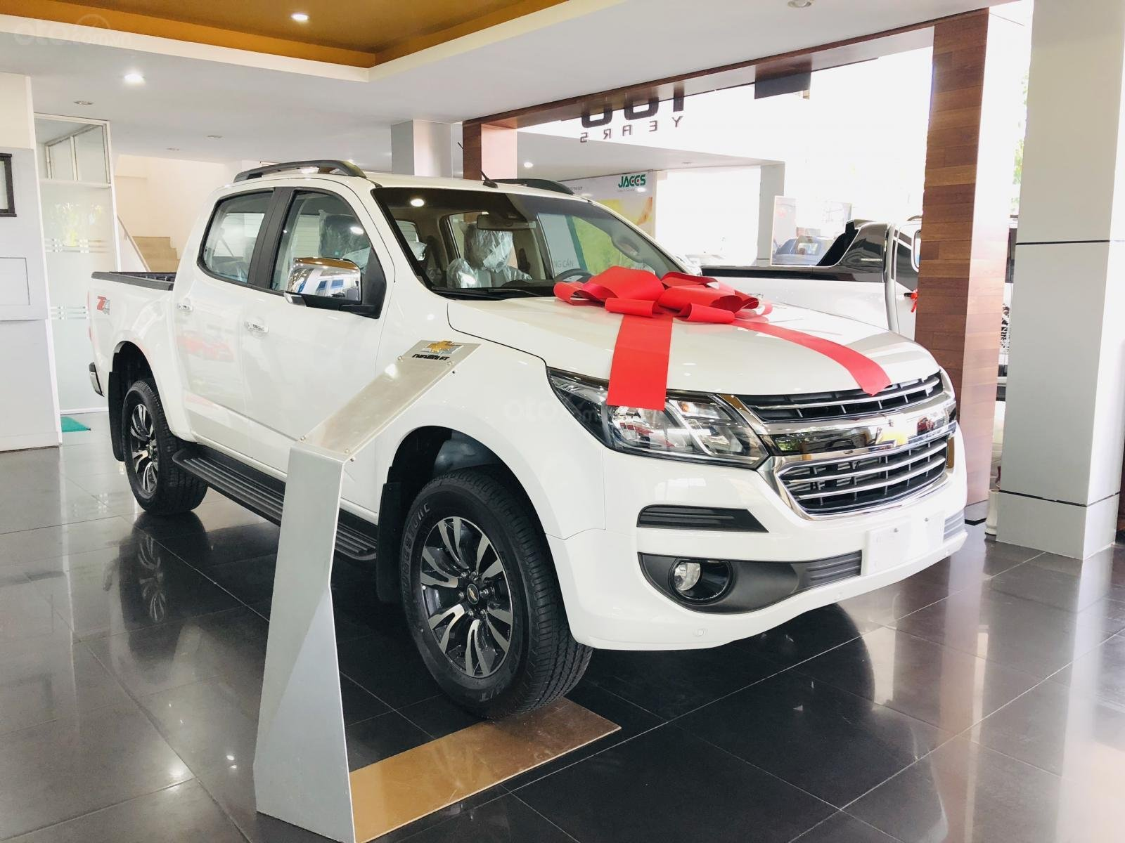 Bán Chevrolet Colorado nhập khẩu, có bán trả góp, khuyến mãi tiền mặt 50 triệu (2)