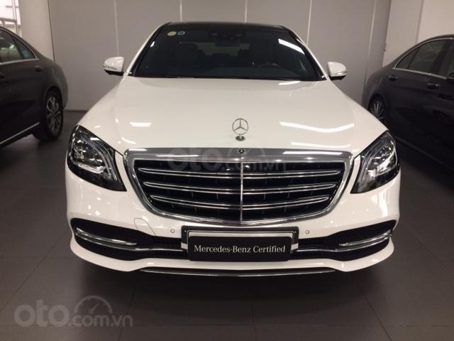 Bán xe Mercedes-Benz S450L, 2018, màu trắng, 3.800 km, 2% thuế trước bạ-0