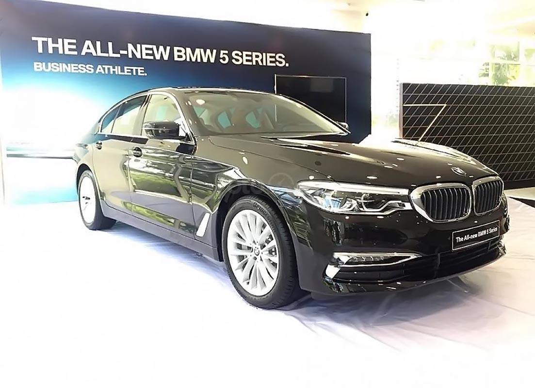 Cần bán BMW 5 Series 530i 2019, màu đen, xe nhập khẩu -0