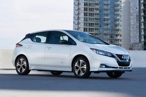 Top 10 mẫu hatchback tốt nhất hiện nay: Nissan Leaf SL 2019.