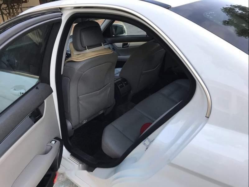 Cần bán gấp Mercedes C200 2008, màu trắng-4