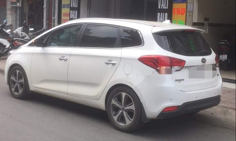 Cần bán xe Kia Rondo 2016, màu trắng-1