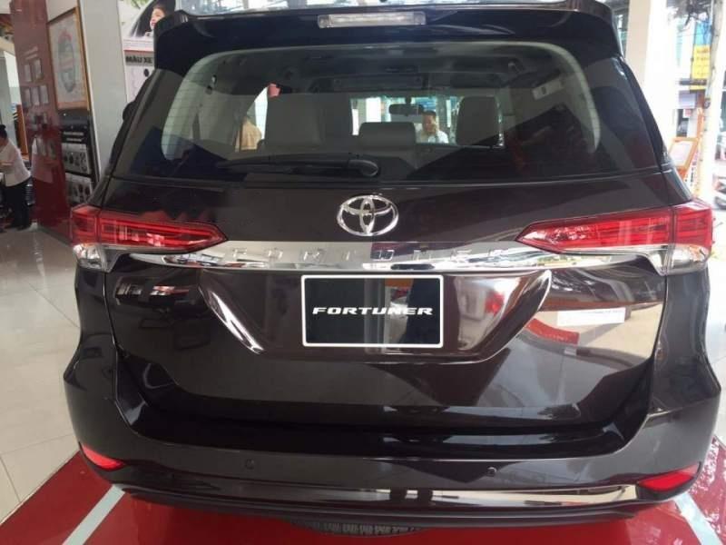 Bán ô tô Toyota Fortuner 2.7V AT đời 2019, máy xăng-3
