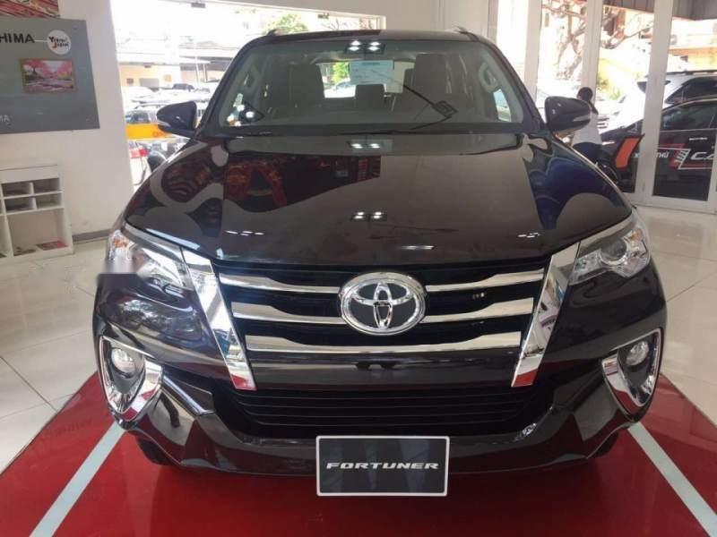 Bán ô tô Toyota Fortuner 2.7V AT đời 2019, máy xăng-0