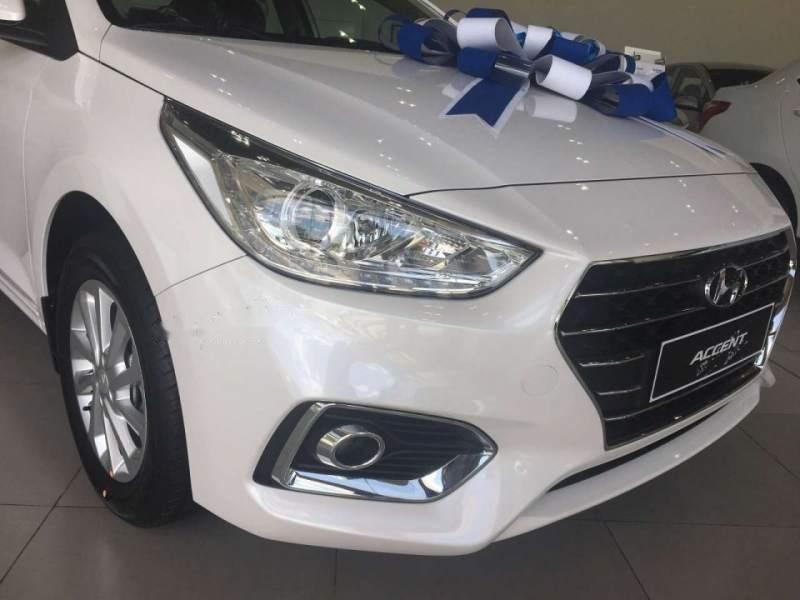 Bán Hyundai Accent sản xuất 2018, màu trắng-1