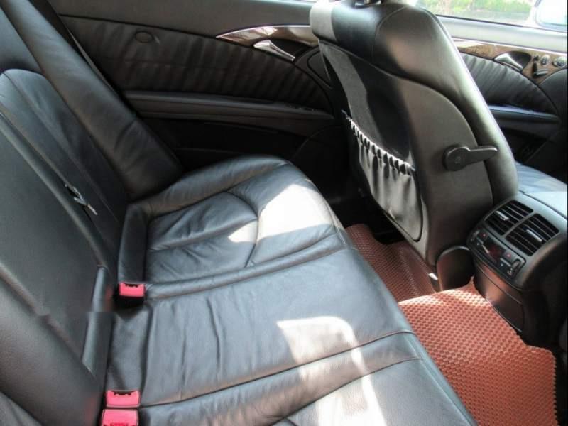 Bán Mercedes E200-Avantgarde, 1.8L công nghệ Kompressor tiết kiệm, SX và ĐK 2008, biển số TP-2