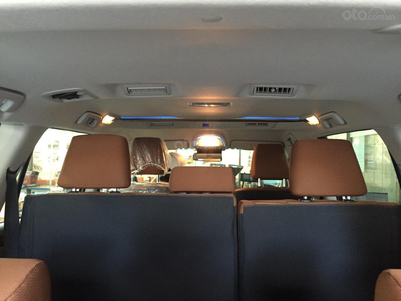 Toyota Innova 2.0G AT năm 2019, màu bạc, số tự động giao ngay-2