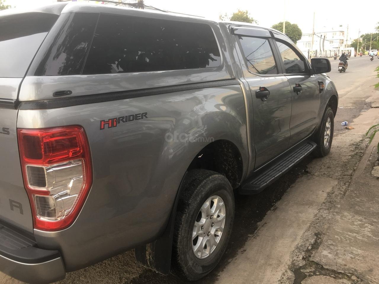 Cần bán lại xe Ford Ranger năm sản xuất 2017, màu bạc, nhập khẩu -1