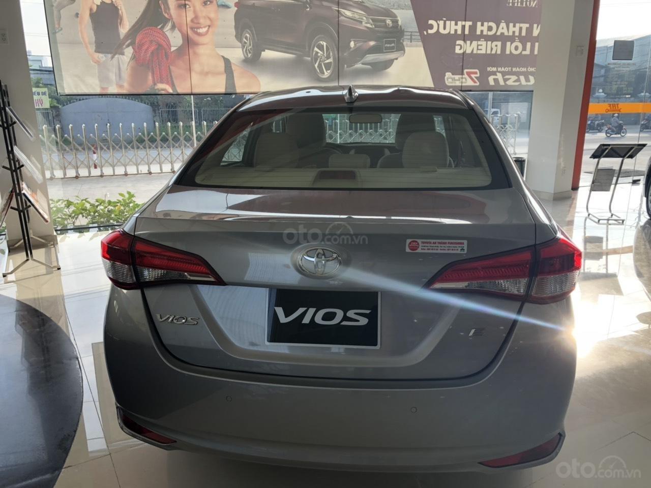 Toyota Vios 1.5E CVT đời 2019, màu bạc, hỗ trợ vay 85%, thanh toán 130tr nhận xe, lãi 0,6%/tháng-2