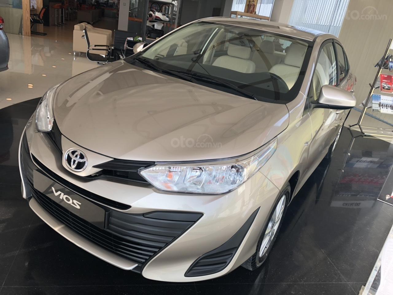 Toyota Vios 1.5E số sàn, màu nâu vàng, hỗ trợ vay 90%, đăng ký grab, thanh toán 130tr nhận xe - Toyota An Thành-0