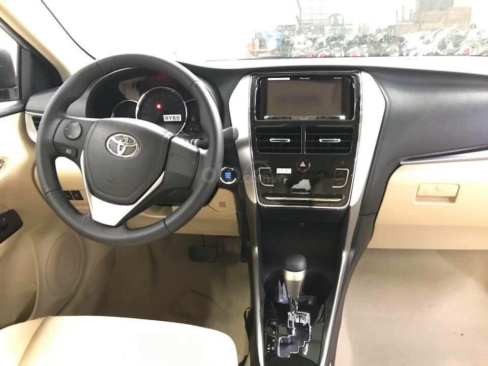 Bán xe Toyota 1.5G CVT sản xuất năm 2019, màu nâu giá cạnh tranh, hỗ trợ vay 85%, thanh toán 140tr nhận xe ngay-3