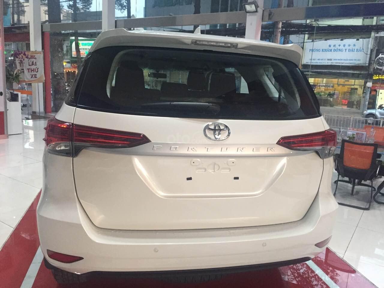 Fortuner 2.4G MT 2019, màu trắng, xe nhập, giao ngay tại Toyota An Thành-4