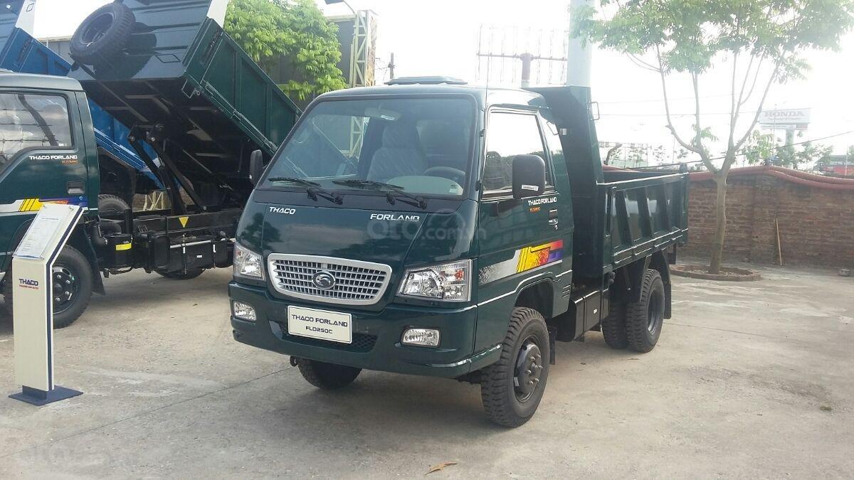 Giá xe Ben 2.5 tấn E4 Trường Hải ở Hà Nội (3)
